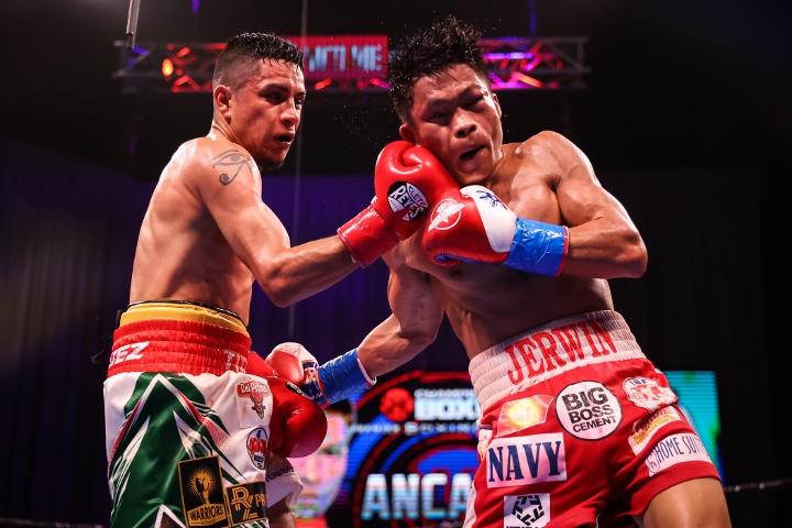 ancajas-rodriguez-fight (27)