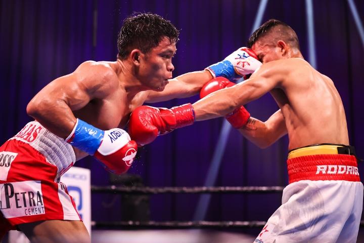 ancajas-rodriguez-fight (8)