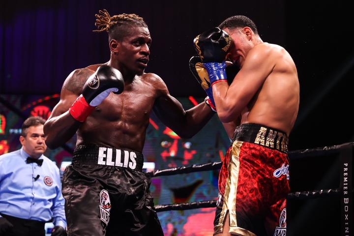 benavidez-ellis-fight (12)