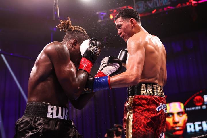 benavidez-ellis-fight (26)