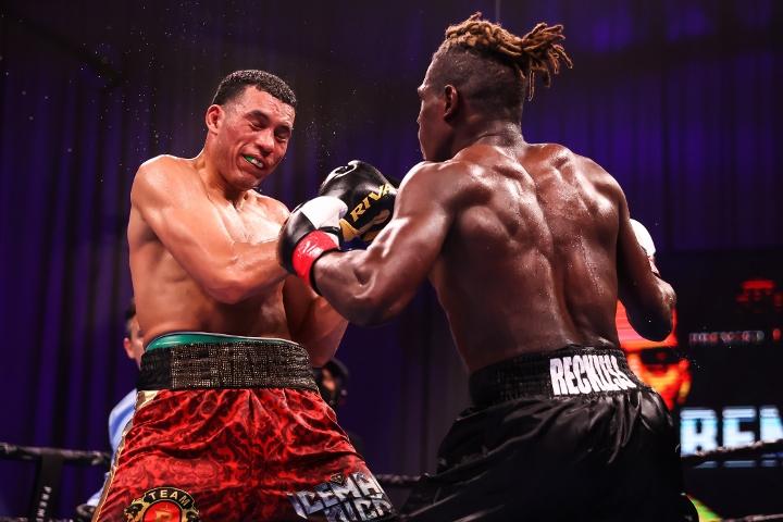 benavidez-ellis-fight (28)