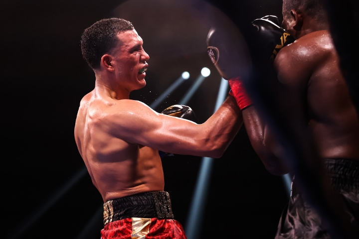 benavidez-ellis-fight (39)