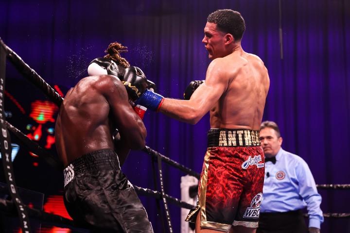 benavidez-ellis-fight (43)