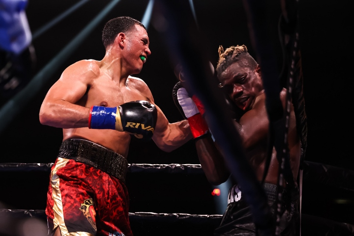 benavidez-ellis-fight (52)