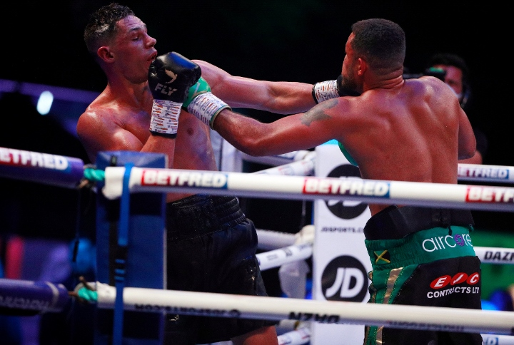 billam-smith-mccarthy-fight (23)