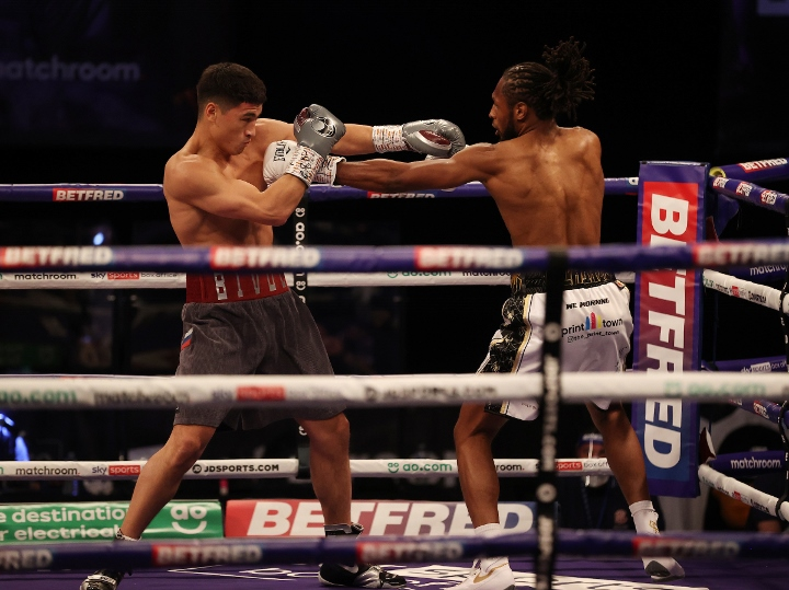 bivol-richards-fight (1)