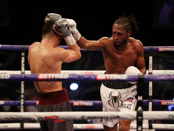 bivol-richards-fight (23)