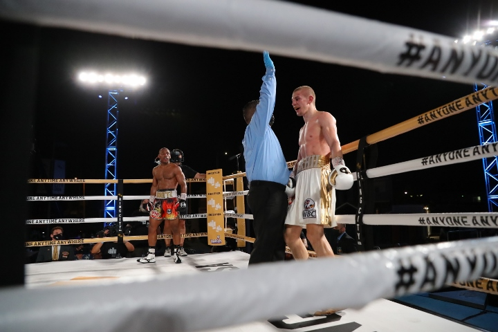 bohachuk-adams-fight (16)