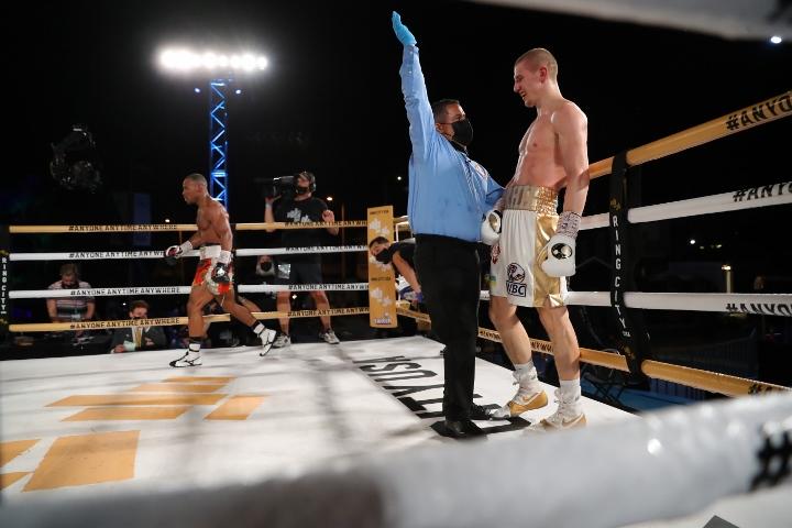 bohachuk-adams-fight (17)