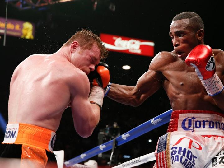 Lara sentenció que si Saunders no gana claramente le van a robar la pelea ante Canelo Álvarez.