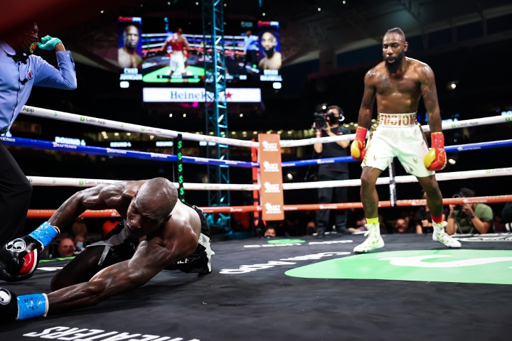 chad-johnson-maxwell-fight (11)