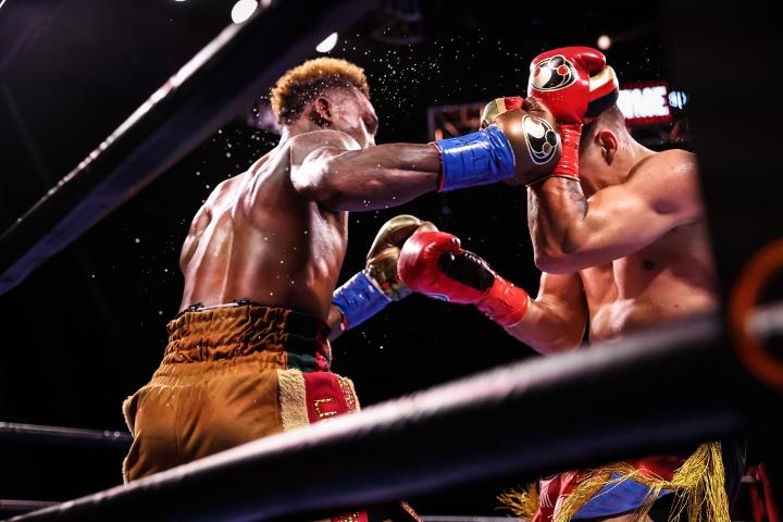 charlo-castano-fight (28)
