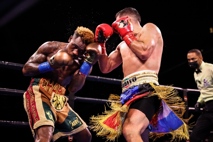 charlo-castano-fight (31)