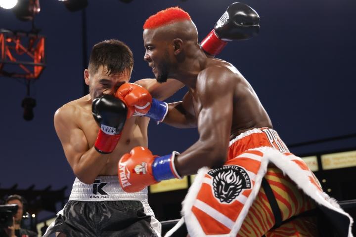 colbert-nyambayar-fight (2)