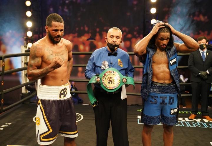 dirrell-davis-fight (13)
