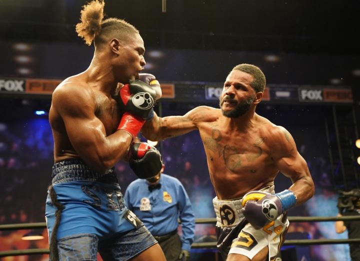 dirrell-davis-fight (23)