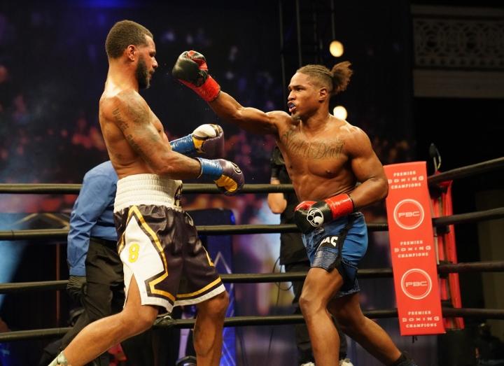 dirrell-davis-fight (24)