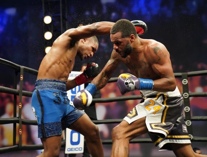 dirrell-davis-fight (25)