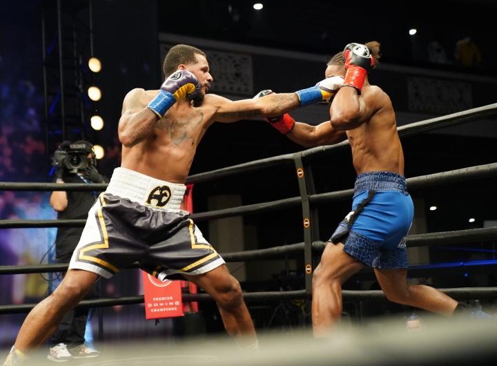 dirrell-davis-fight (36)