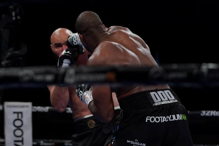dubois-dinu-fight (8)
