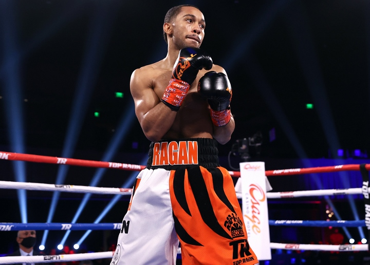 Duke Ragan Beats Serik Temirzhanov, Advances to Featherweight Quarterfinals
