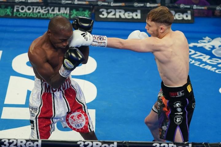edwards-mthalane-fight (1)