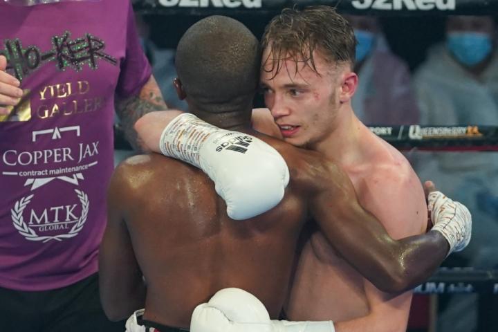 edwards-mthalane-fight (20)