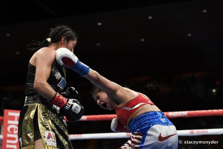 esparza-zamora-fight (10)