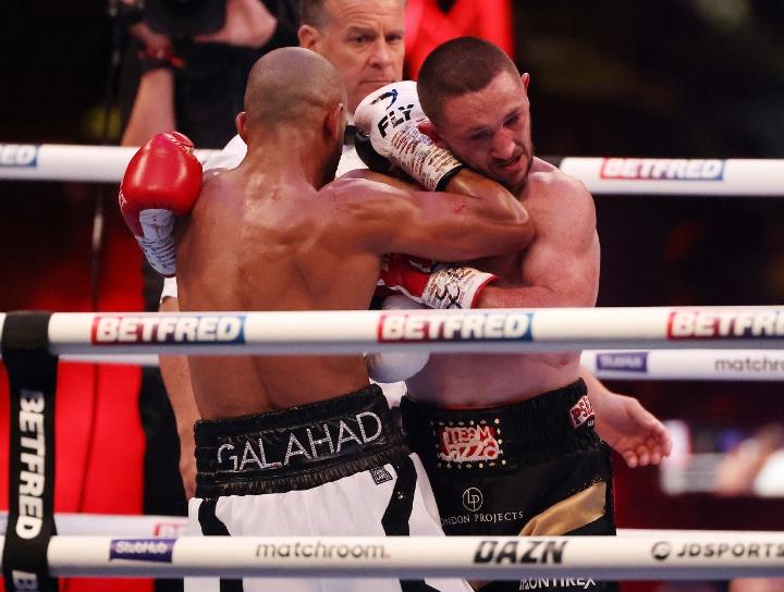 galahad-dickens-fight (10)