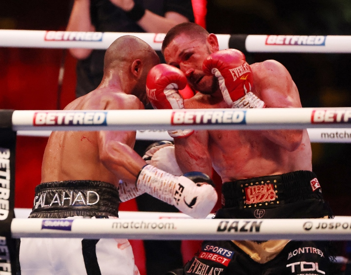 galahad-dickens-fight (14)