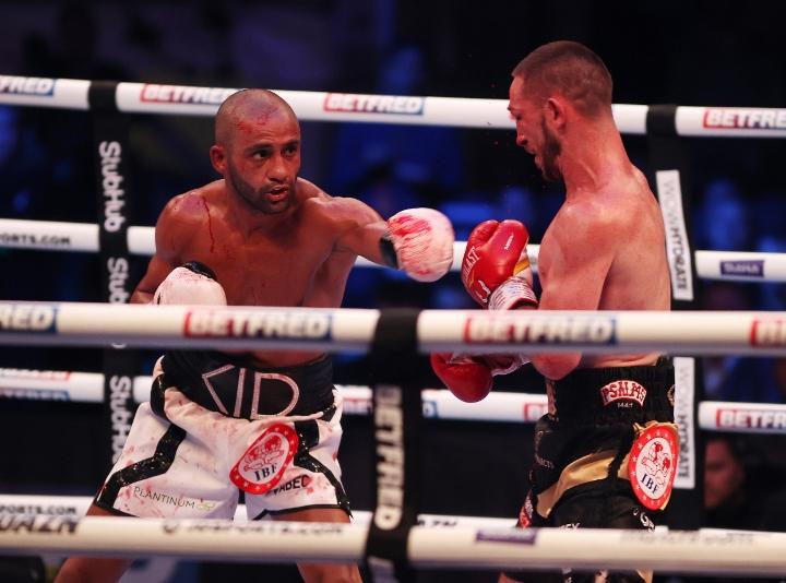 galahad-dickens-fight (4)