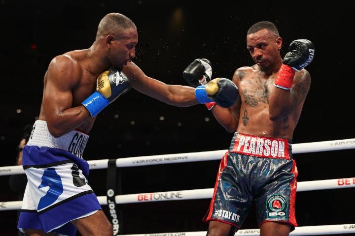 gongora-pearson-fight (12)
