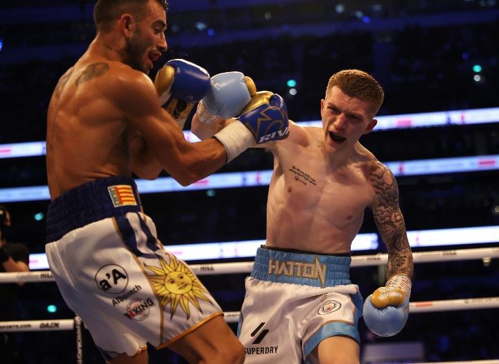 hatton-martinez-fight (8)