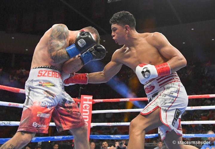 munguia-szeremeta-fight (1)