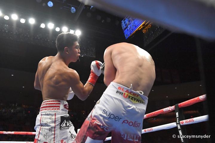 munguia-szeremeta-fight (14)
