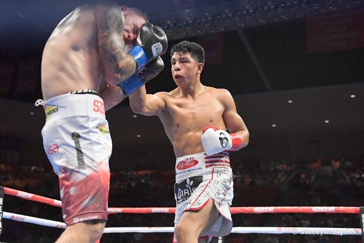 munguia-szeremeta-fight (20)