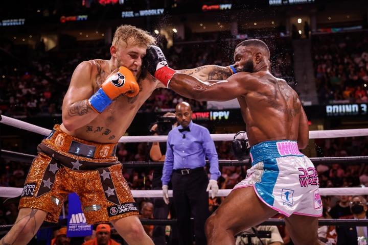 paul-woodley-fight (5)
