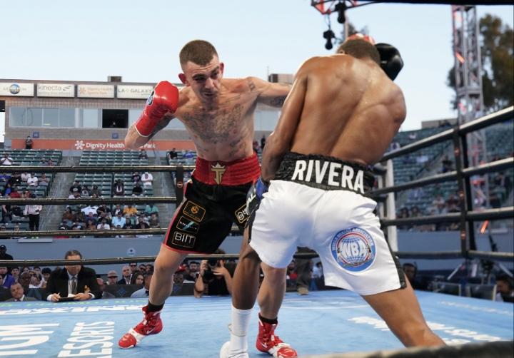 rivera-fernandez-fight (14)