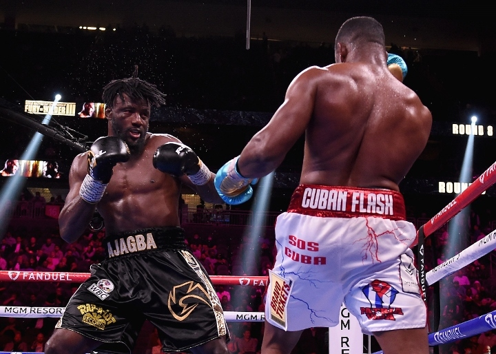 sanchez-ajagba-fight (35)
